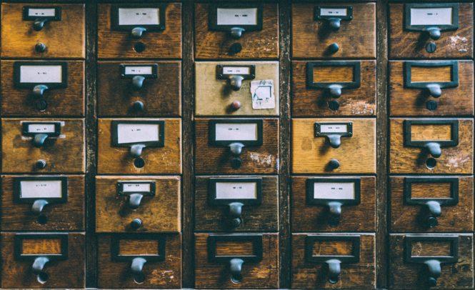 Przeorganizuj swoje życie. Część 3 - Szafy, szafki i szuflady.
